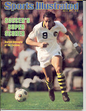 Sports Illustrated 1979 Giorgio Chinaglia NEW YORK COSMOS Soccer NEWSSTAND