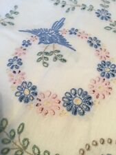 VINTAGE EMBROIDERED IRISH LINEN TABLECLOTH