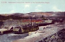 GOVERNMENT LOCKS, CASCADES OF THE COLUMBIA RIVER, OREGON - paddle wheel