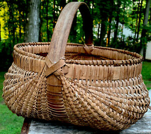 Antique Woven Splint Gathering Buttocks Basket Bent Wood Handle Primitive BIG!