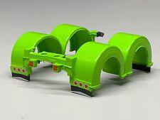 1/64 DCP PARTS LIME GREEN PETERBILT 359/379/389 REAR SHOW FENDERS W/ LIGHTS