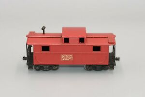 3 Lionel OO Freight Cars: Caboose #0047, Shell Tank Car #8126, PRR Box Car #0014