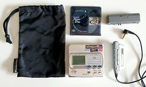 Panasonic SJ-MR-200 World Smallest Lightest Personal Minidisc Recorder Walkman