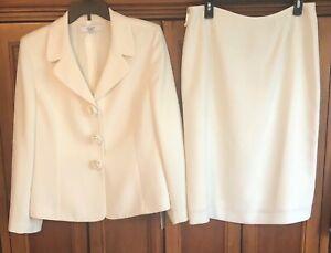 Le Suit Essentials Size 12 Woman's 2 pc Ivory  Skirt Suit Set Lined Polyester