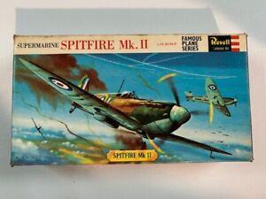 Kit Revell H-611  Avión de guerra SPITFIRE MK II scale 1/72