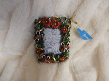CHRISTMAS SQUARE PICTURE FRAME W/CANDY CANE/BOWS/HOLLY ORNAMENT-NEW(1 ONLY)