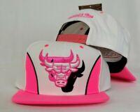 Mitchell & Ness Triple Logo Chicago Bulls White / Neon Pink snapback Hat Cap