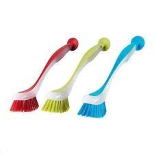 Detergenti e panni rosso spazzola per la pulizia e il bucato