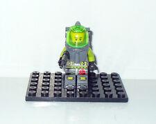 FIGURINE FIGUR LEGO COSMONAUTE ASTRONAUTE VERT GRIS P30