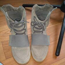 Yeezy 750 Grey Gum  Size 10 US