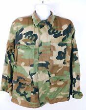 Military Issue Men's Woodland Camouflage Jacket With Pockets Size Medium