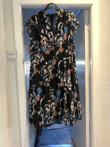 Beautiful Hell Bunny Vixen Vintage Style Dress 4xl