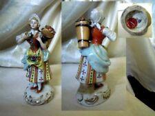 """Figurina Statuina CAPODIMONTE """"Ragazza con cesto fiori"""""""
