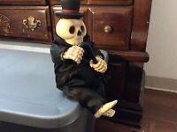 "Gemmy Skeleton Dance And Sings ""Puttin' on the Ritz"" Vintage Skull Halloween"