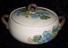Covered Vegetable Casseole & Lid 6 Poppy Trail Vernon Metlox Blue Grapes EUC