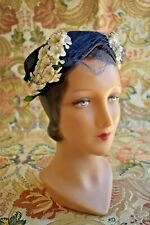 Vintage Late 1950s 50s Navy blue hat with white flower accent