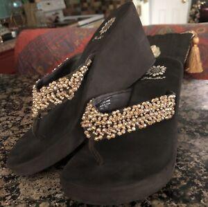 7.5 Yellow Box Platform Wedge Flip Flops Sandals Beaded Bling Sparkle Brown Heel