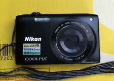 Nikon COOLPIX S3300 16,0 MP Digitalkamera - Schwarz