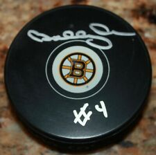 BOBBY ORR BOSTON BRUINS #4 SIGNED AUTHENTICATED AUTOGRAPHED HOCKEY NHL PUCK COA