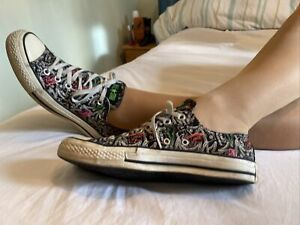 Converse Black All Stars Size 7 EUR 40 US 9 Patterned