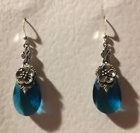 FLOWER VICTORIAN STYLE peacock blue FACETED GLASS SILVER PL DROP EARRINGS Hook