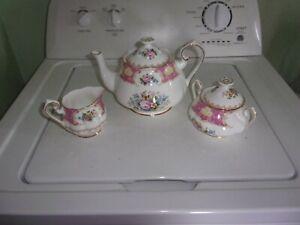 Royal Albert Carlyle Tea Set
