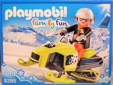 Playmobil 9285 Schneemobil Motorschlitten Fahrer mit Helm Brille Handschuhe NEU