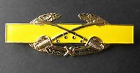 US ARMY COMBAT DIVISION CAVALRY SWORDS AWARD JACKET LAPEL PIN BADGE 3 INCHES