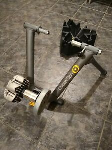 CycleOps Fluid2 Indoor Bike Turbo Trainer Skewer Riser Block Zwift Compatible