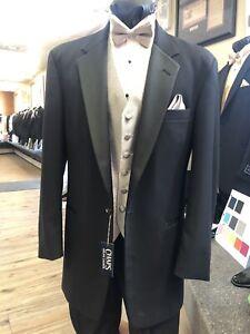 Chaps Ralph Lauren Black Tuxedo Coat & Pant 38R