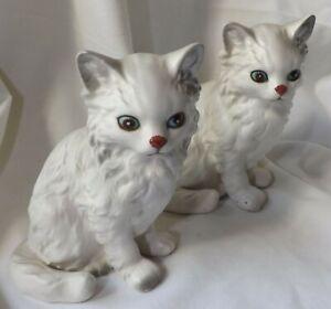 Lefton White Persian Cat Kitten Sitting Figurines Blue Eyes 1513 Pair Set 2