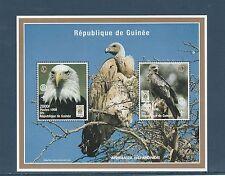 Guinée république  bloc  oiseau  pygargue  aigle  1998  num : 132 **