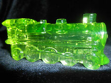 Green Vaseline glass train steam engine uranium yellow canary railroad car RR NR