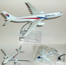 Malaysia Airlines Airbus A330 One World Airplane 16cm DieCast Plane Model