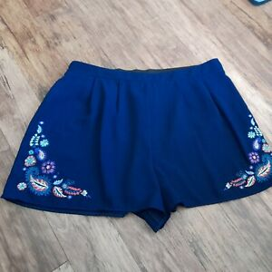 Ladies navy blue summer shorts size 14 shorts with flowers from George floral