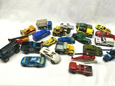 Mixed Lot of 25 Diecast Cars and Trucks Hot Wheels Matchbox Maisto Welly China