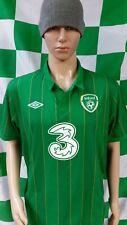 Republic of Ireland 2011-2012 Umbro International Football Shirt (Adult Large)