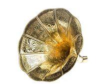 Trichter Grammophon Horn goldfarben mit Verzierungen im antik Stil