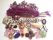 VINTAGE TO NOW JEWELRY CRAFT LOT PURPLE THEME,BEADS,BAUBLES,BRACELETS,BUTTONS