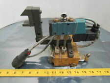 "Itw Dynatec 7024 Twin Adhesive Glue Head Assembly 3-1/2"" Spacing Heater & Valve"
