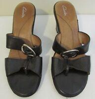Clarks T-Strap Heels Size 10 M Womens Black Sandals Comfort Shoes Leather