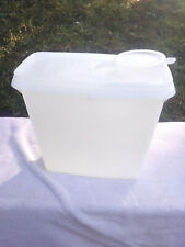 Tupperware Sheer Cereal Store N Pour Container 469 8 1/2 x 8 x 4""