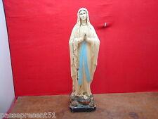 Jolie ancienne statue, Lourdes, Sainte Bernadette Soubirous