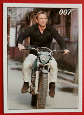 JAMES BOND - Quantum of Solace - Card #017 - In Pursuit Of The Brunette