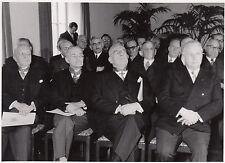 Photo / REPRO montre ancien hommes (Dr ing.seebohn,Dr. jur. Busch) 13.5.52