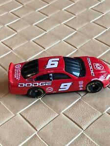 Hasbro Bill Elliott 2001 Dodge Intrepid #9 National Training Center Red