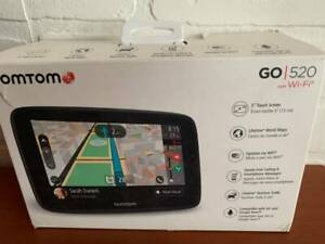 TomTom Go 520 5-Inch GPS Navigation Device with Real Time Traffic, World Maps, W