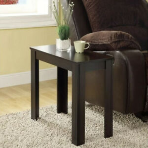Monarch Transitional Accent Side Table In Cappuccino Finish I3111