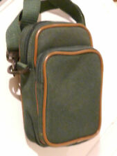 CAMERA/GADGET BAG FOR COMPCT CAMERA