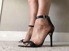 Halston Heritage Ester Black Heel Approx Size 39.5 40